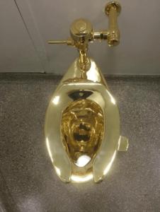 golden-toilet-seat